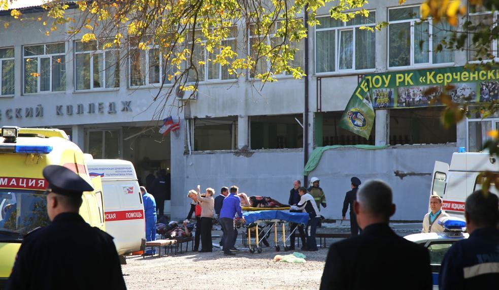 I soccorsi dopo la bomba in Crimea